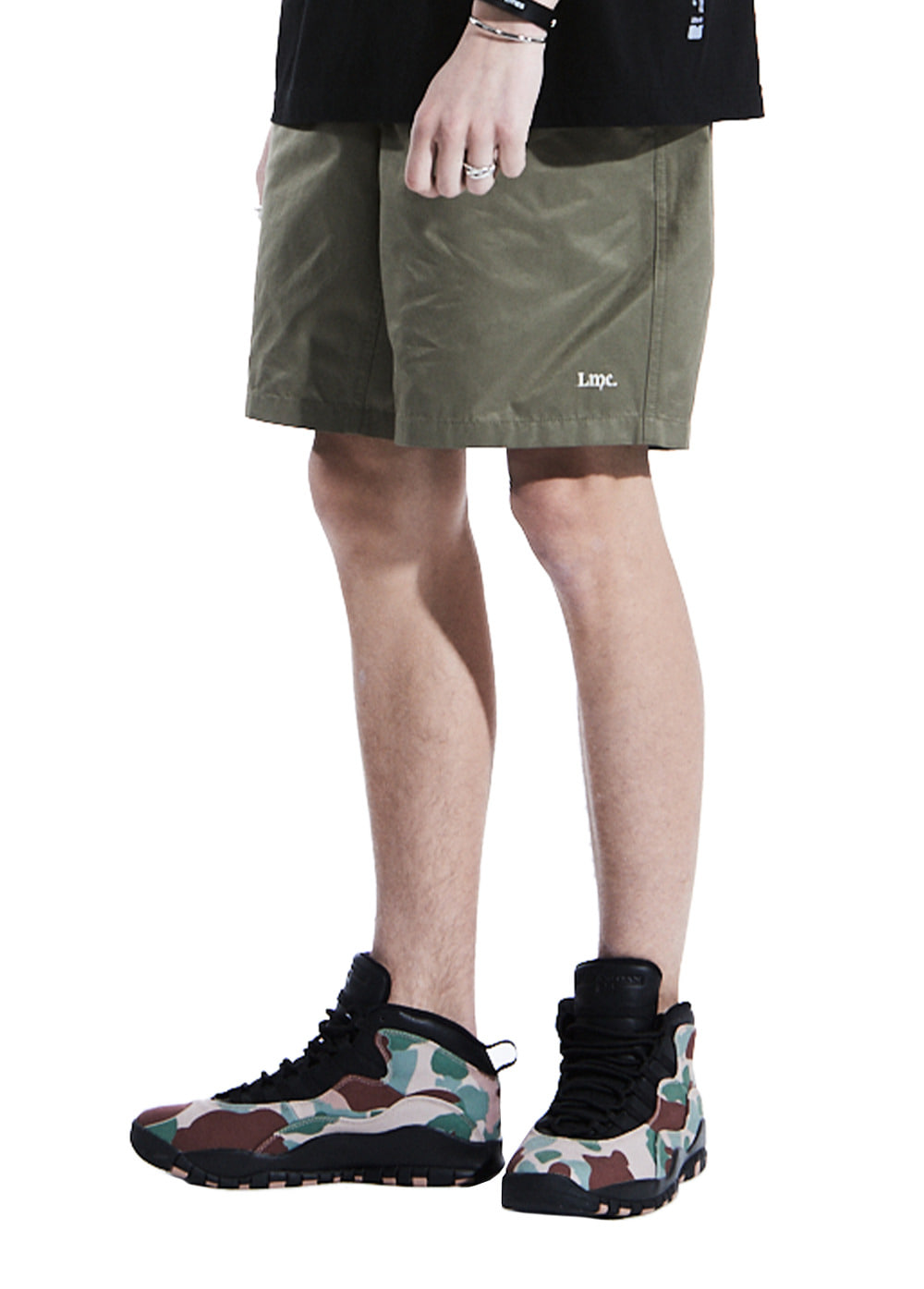 LMC PANELLED EASY SHORTS lt. olive