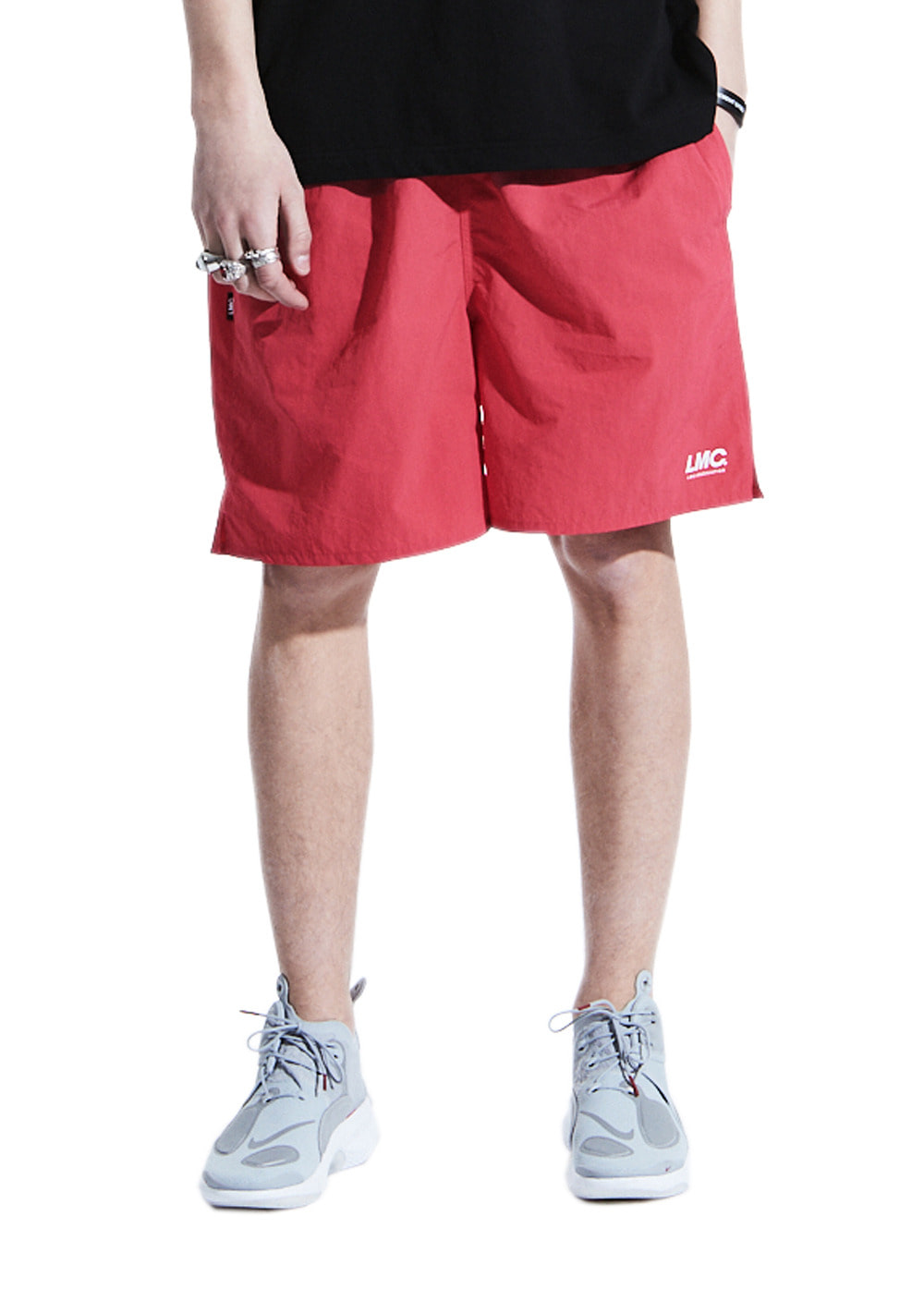 LMC ASSOCIATION TEAM SHORTS red